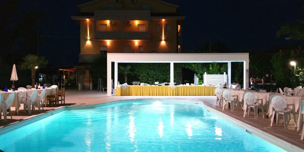 Hotel Maria_Piscina_Party